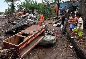 Messico, villaggio sepolto dal fango La frana all'alba. Si teme un'ecatombe