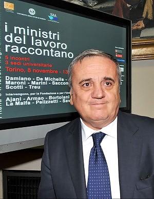 """Famiglia, ItaliaFutura contro il governo """"Solo uno show fatto di slogan"""""""