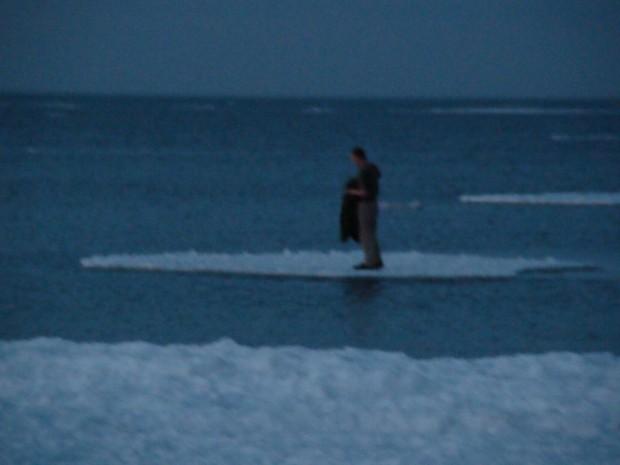 """Sbornia """"glaciale"""": salvato sulla lastra di ghiaccio"""