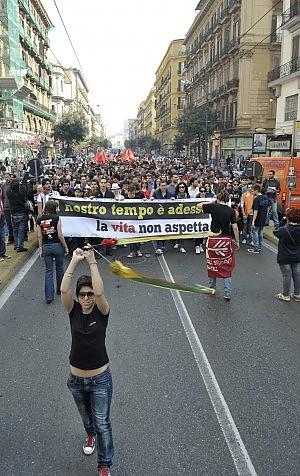 """Gli studenti contro gli attacchi del premier """"Non crede nella scuola pubblica? Vada a casa"""""""