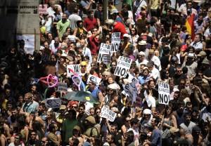 Madrid, 'indignados' di nuovo in piazza Marea umana protesta contro austerity