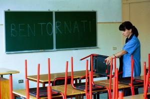 """""""Noi, in classe senza certezze"""" Così la scuola peggiora l'Italia"""