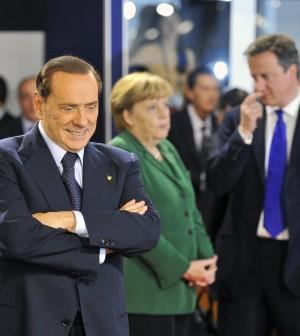 """Italia, sorveglianza rafforzata della Ue Berlusconi: """"Fmi è come certificazione bilancio"""""""