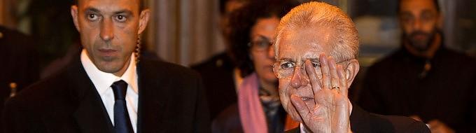 """I  ncarico a   Monti : 'Crescita ed equità sociale' Napolitano: """"Recuperare fiducia Europa"""" -   video"""