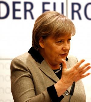 """Ue, Berlino vuole commissariare la Grecia Atene: """"Non cediamo la nostra sovranità"""""""