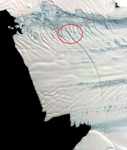 Pine Island, la frattura dell'iceberg