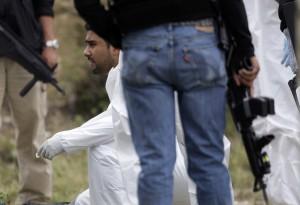 Strage di Monterrey, arrestato El Loco è accusato di aver fatto a pezzi 49 persone