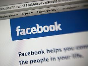 """Privacy, la Francia convoca Facebook """"Poco convincenti, utenti facciano causa"""""""