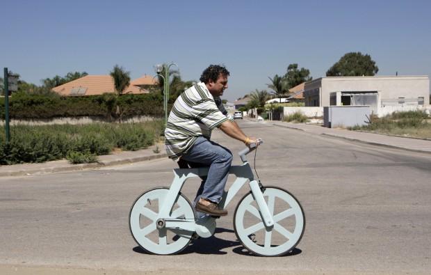 Israele, la bicicletta di cartone che può cambiare il mondo