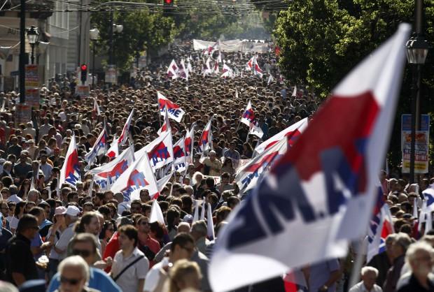 Grecia, sciopero generale: la marcia dei lavoratori
