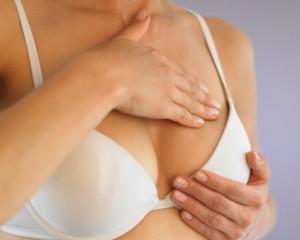 Tumori seno, nuovo test genomico dice chi può evitare la chemioterapia