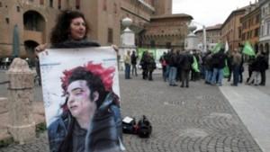 """""""Noi, poliziotti condannati per Aldrovandi capiamo la madre ma non meritiamo il carcere"""""""