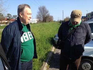 """Veneto, nella Lega espulsioni con scontri e bandiere a lutto cacciati 35 """"bossiani"""", intervengono i carabinieri"""