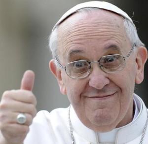 """Papa: """"San Pietro non aveva conto in banca"""". La chiesa """"deve essere povera, o muore"""""""