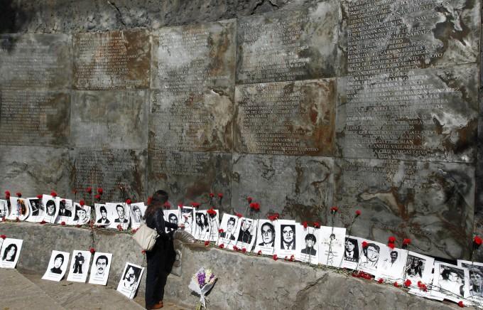 Il Cile 40 anni dopo il golpe di Pinochet: un Paese prigioniero del suo passato