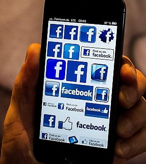 Niente prestiti senza amici su Facebook. Negli Usa l'insolvenza si vede dai social