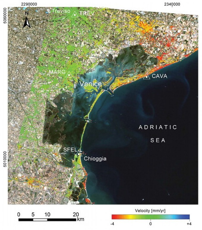 """Venezia affonda, i satelliti la scrutano: ecco la """"subsidenza"""" in alta risoluzione"""