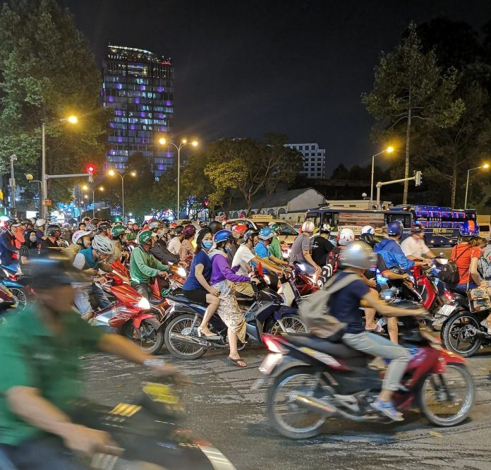 Ho Chi Minhin mopit