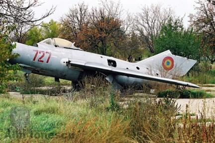 """S-102 """"727"""" MAv, Otopeni 2005"""