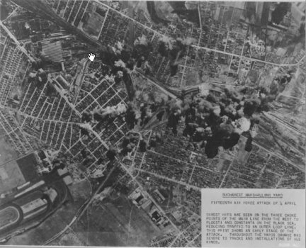 Bucharest_bombed_April_4,_1944