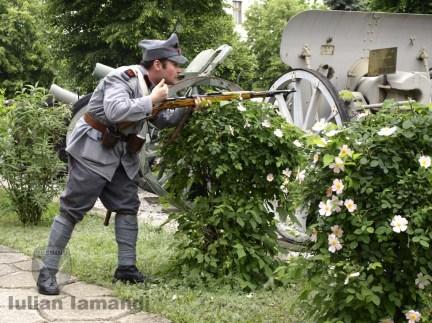 Fruntaşul Aerostier Boboescu în lupta pentru eliberarea Capitalei