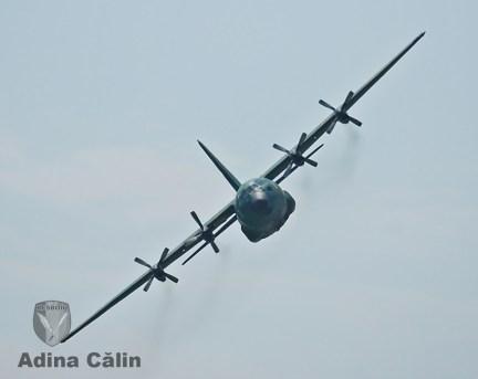 C-130 Hercules (2)