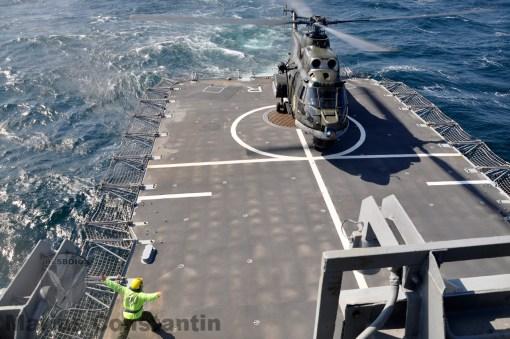 Puma Naval apuntare la bordul fregatei Regina Maria