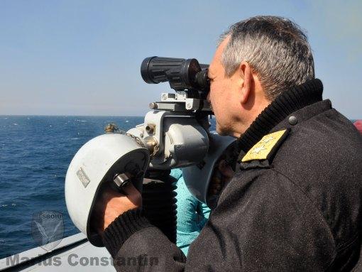 Contraamiral dr. Alexandru Mîrşu la bordul fregatei Regina Maria