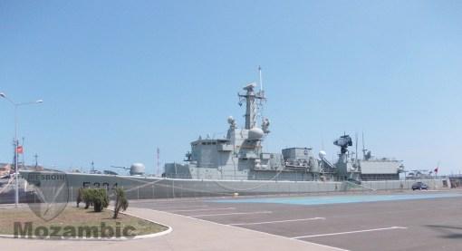 Fregata portugheză Dom Francisco de Almeida (F-334)