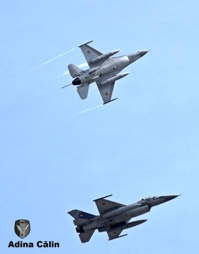 f-16-roaf-zbor-demonstrativ