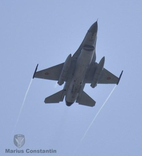 f-16-zbor-demonstrativ-2