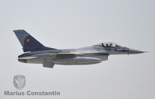 f-16-zbor-demonstrativ-3