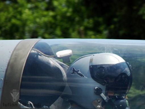 Cască de, dar mai ales cu MiG-21 LanceR