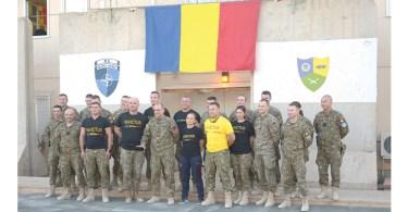 Muscaloiu, al doilea din stanga pe primul rand, este membru Invinctus Romania