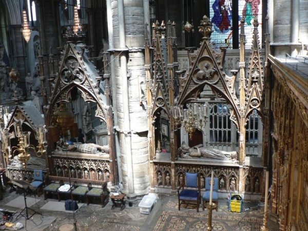 Westminster Abbey sanctuary tombs (from left to right ...