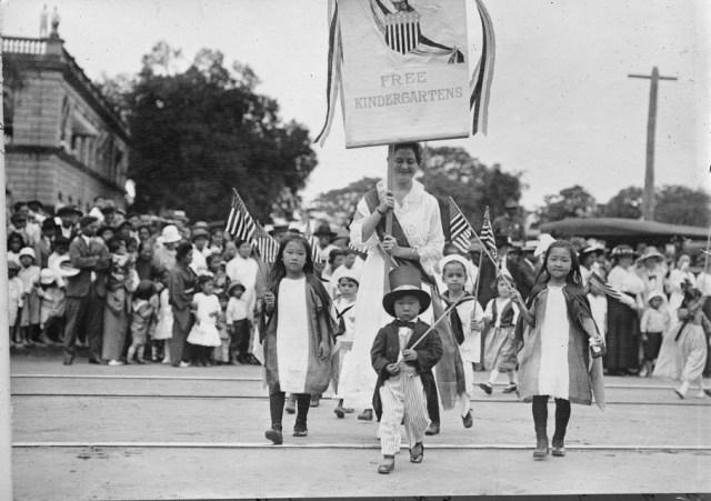 hawaii parade 1919 flu pandemic