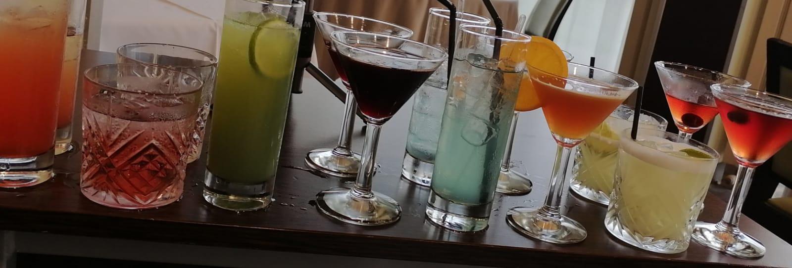 Concours de création de cocktails pour les MCB du lycée Escoffier