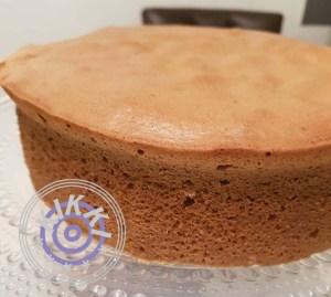 Superkuohkea kakku