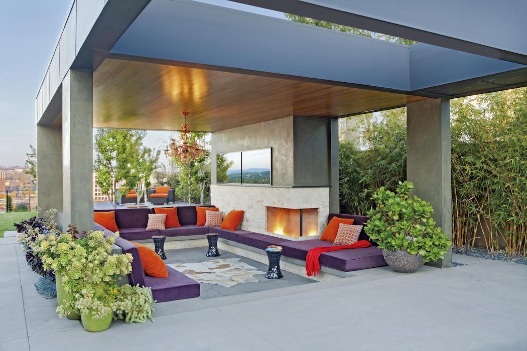 31 Inspirational Outdoor Interior Design Ideas & Pictures on Backyard Exterior Design id=11267