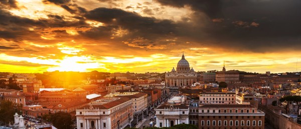 RA: Guide to Rome, Italy