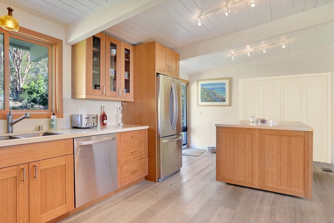 Domain Cabinets Offers Custom Cabinetry Online PRODUCTS