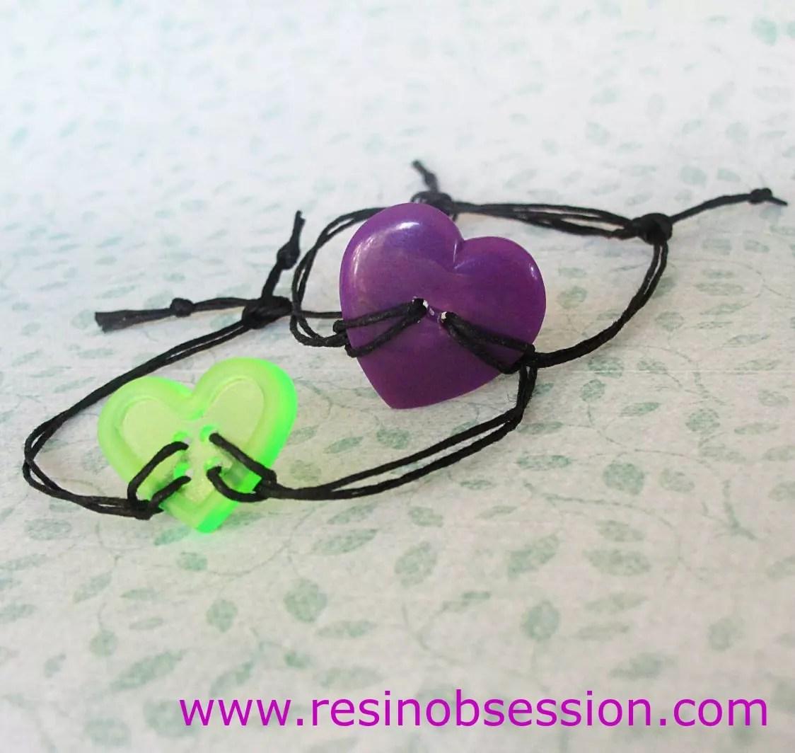 DIY resin button bracelet - Resin Obsession