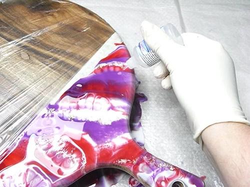 applying resiblast to wet resin
