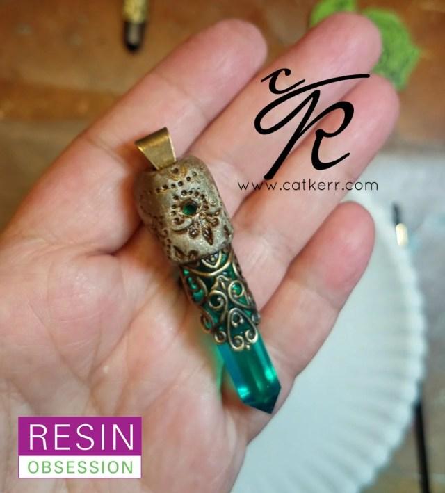 resin crystal pendant DIY