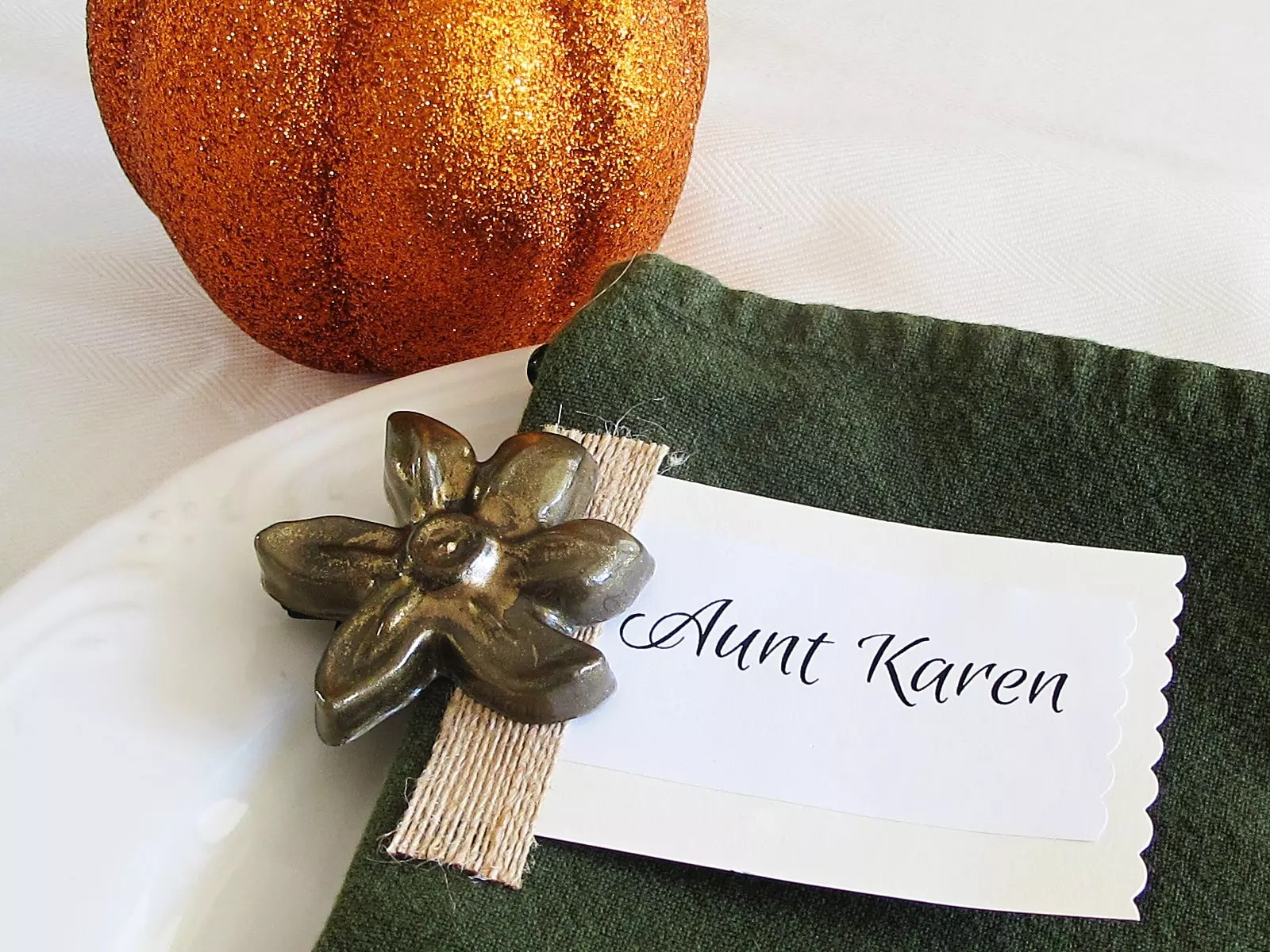 How to make a resin charm place card holder
