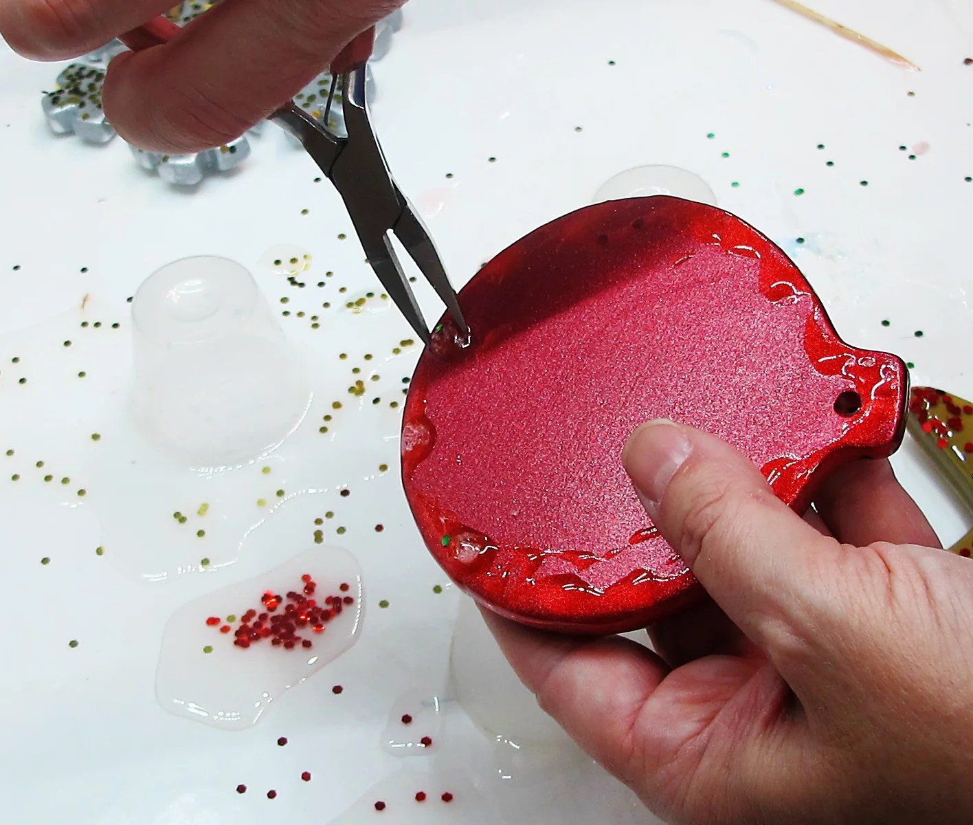 removing resin drips