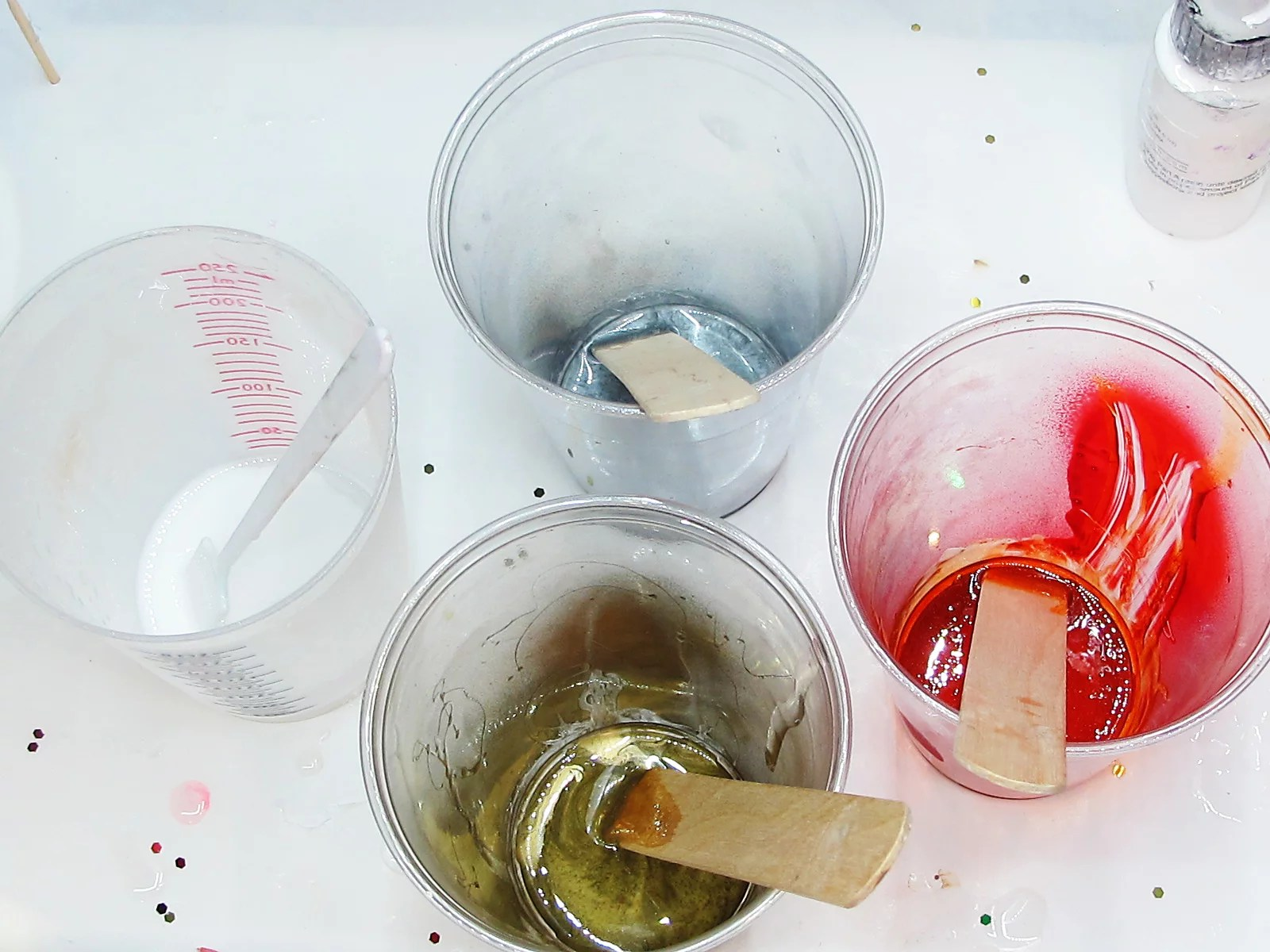 colored resin in cups