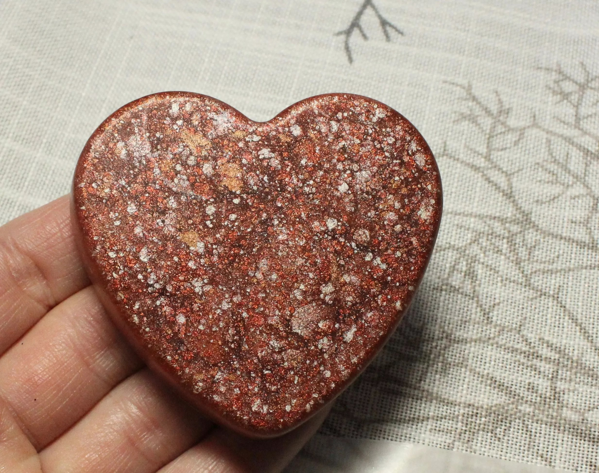 Pearl Ex Powdered Pigments bronze and gold heart