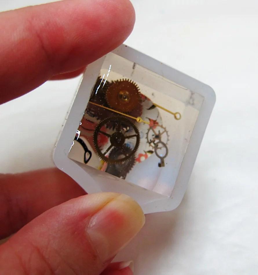 demolding a resin cube