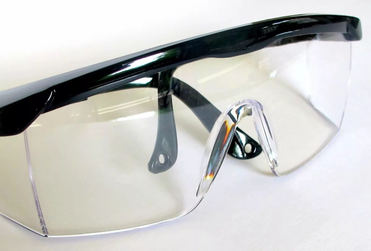 safety glasses for resin